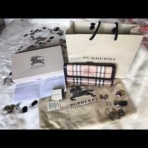 Burberry(Haymarket wallet)